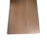 Forros de PVC Lineares Amadeirados